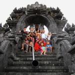 musique de temple sur l'île de beauté à bali, indonesie - mathis barz