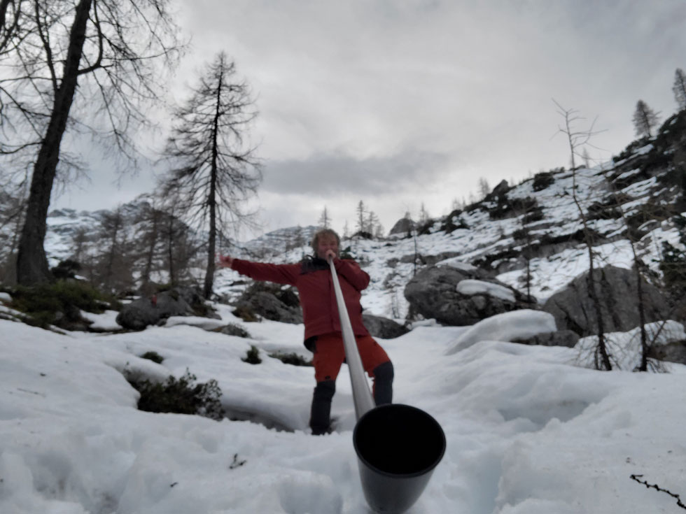 Swiss carbon Alphorn in Austria